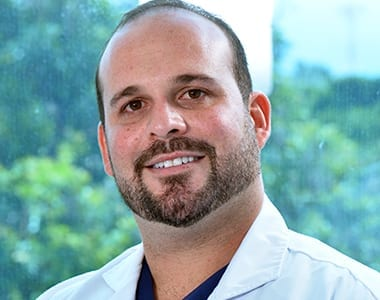 Dr. Daniel Alfaro